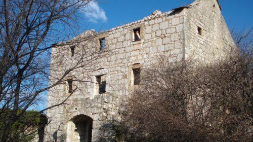 Kikaševi i Matanovi dvori